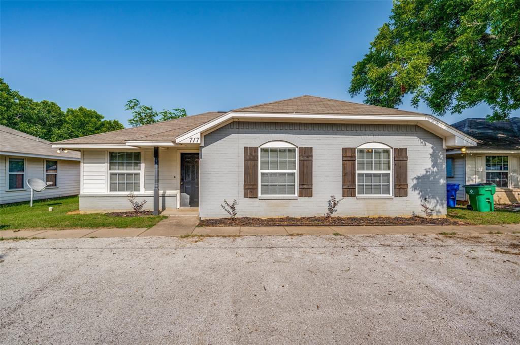 717 Caddell  Street, Aubrey, Texas 76227 - Acquisto Real Estate best frisco realtor Amy Gasperini 1031 exchange expert