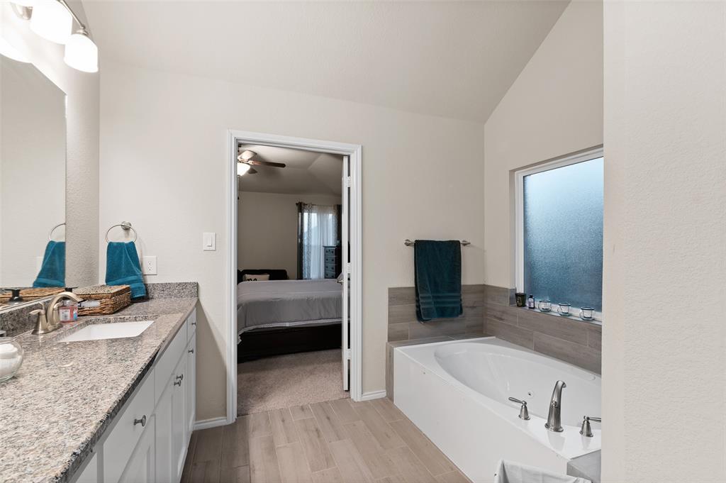 4014 Kensington  Drive, Sanger, Texas 76266 - acquisto real estate best photo company frisco 3d listings