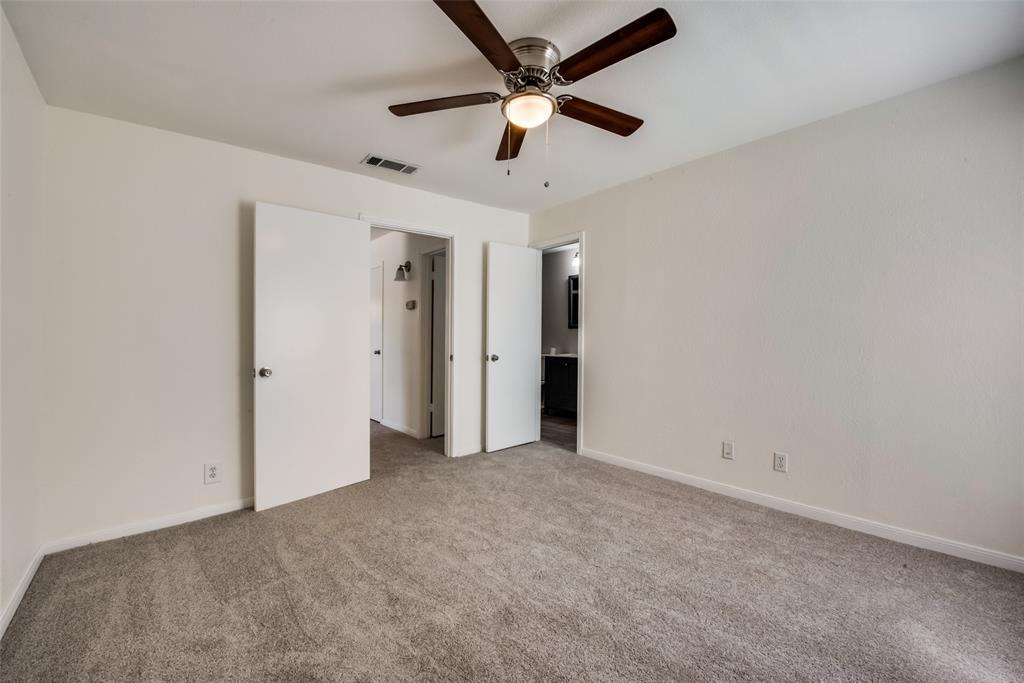1204 Harwell  Drive, Arlington, Texas 76011 - acquisto real estate best new home sales realtor linda miller executor real estate