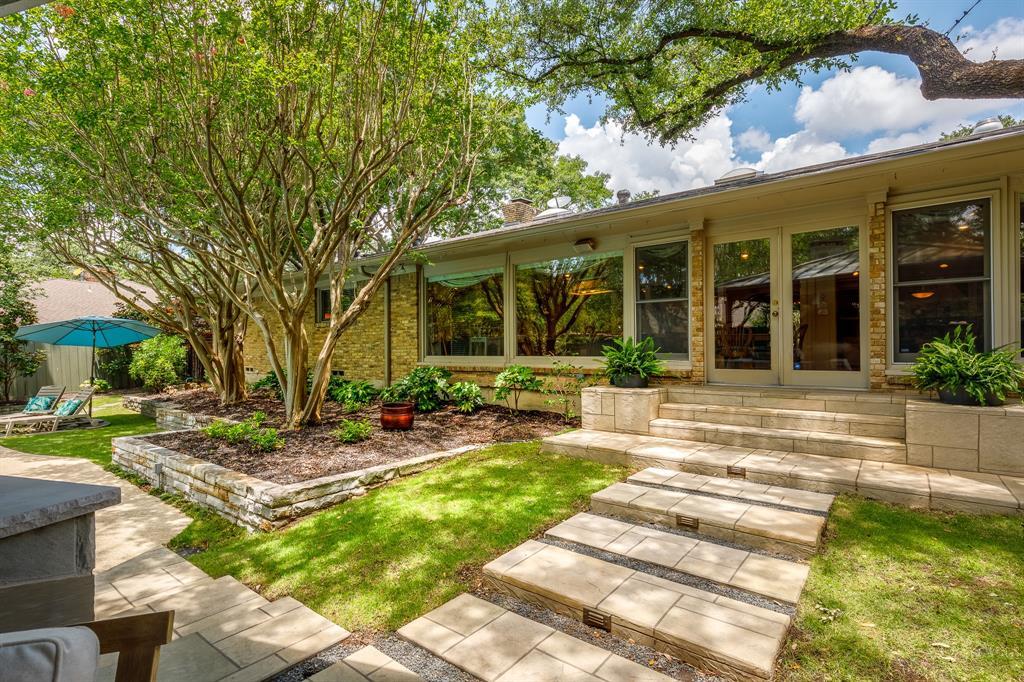 6556 Meadowcreek  Drive, Dallas, Texas 75254 - acquisto real estate nicest realtor in america shana acquisto