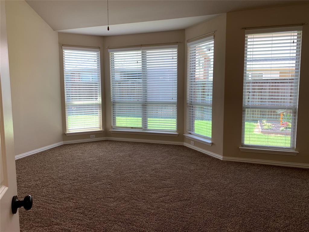 424 Spring Creek  Drive, Argyle, Texas 76226 - acquisto real estate best new home sales realtor linda miller executor real estate