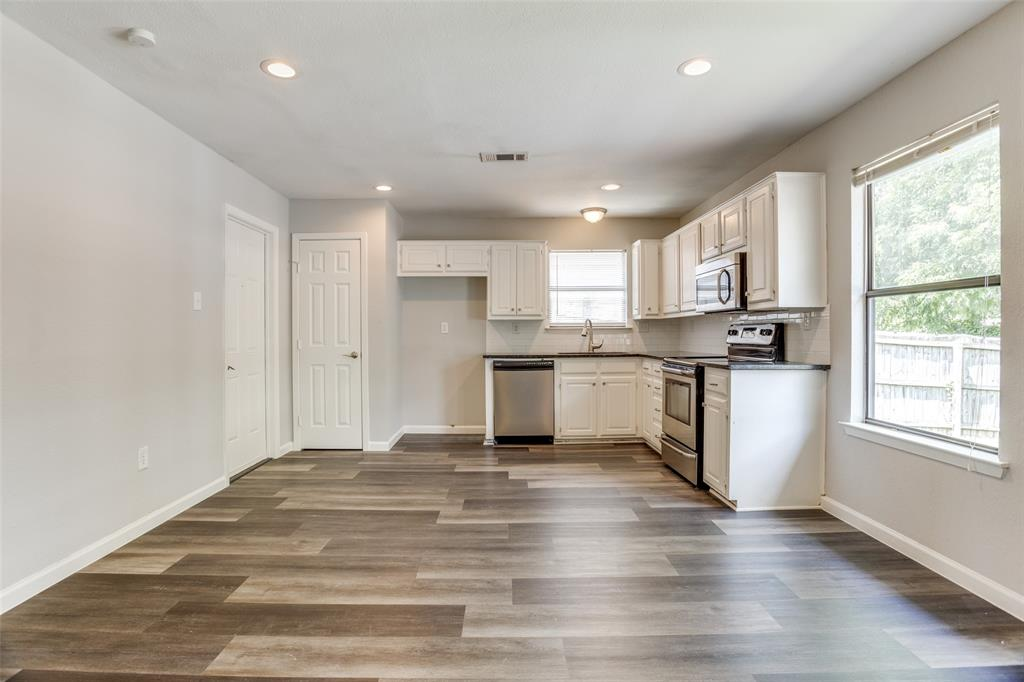 405 Benge  Street, McKinney, Texas 75069 - acquisto real estate best celina realtor logan lawrence best dressed realtor