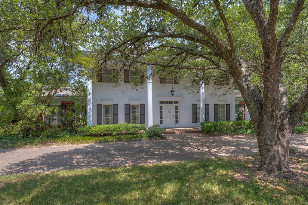 2201 Canterbury  Drive, Westover Hills, Texas 76107 - Acquisto Real Estate best frisco realtor Amy Gasperini 1031 exchange expert
