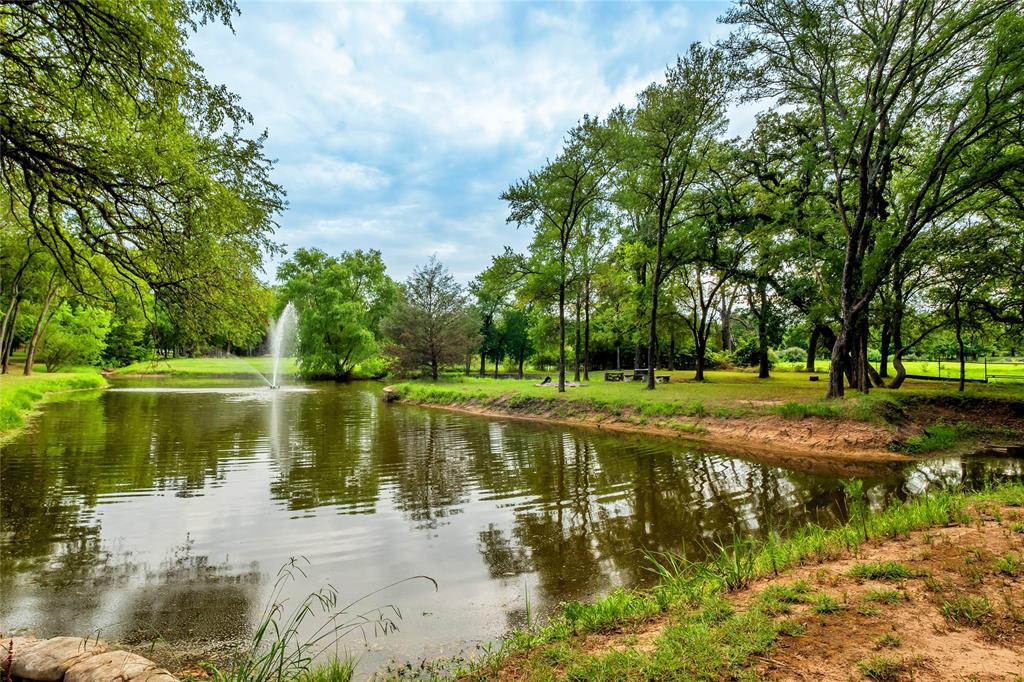 1325 Appaloosa  Circle, Bartonville, Texas 76226 - acquisto real estate best highland park realtor amy gasperini fast real estate service