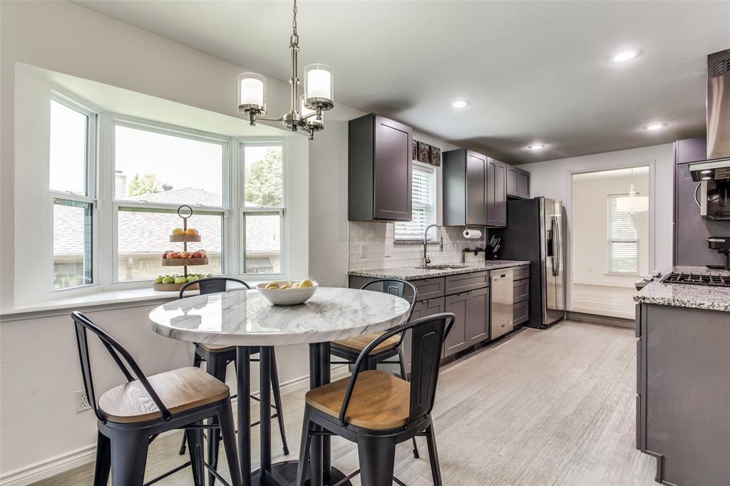 10920 Yorkspring  Drive, Dallas, Texas 75218 - acquisto real estate best realtor dallas texas linda miller agent for cultural buyers
