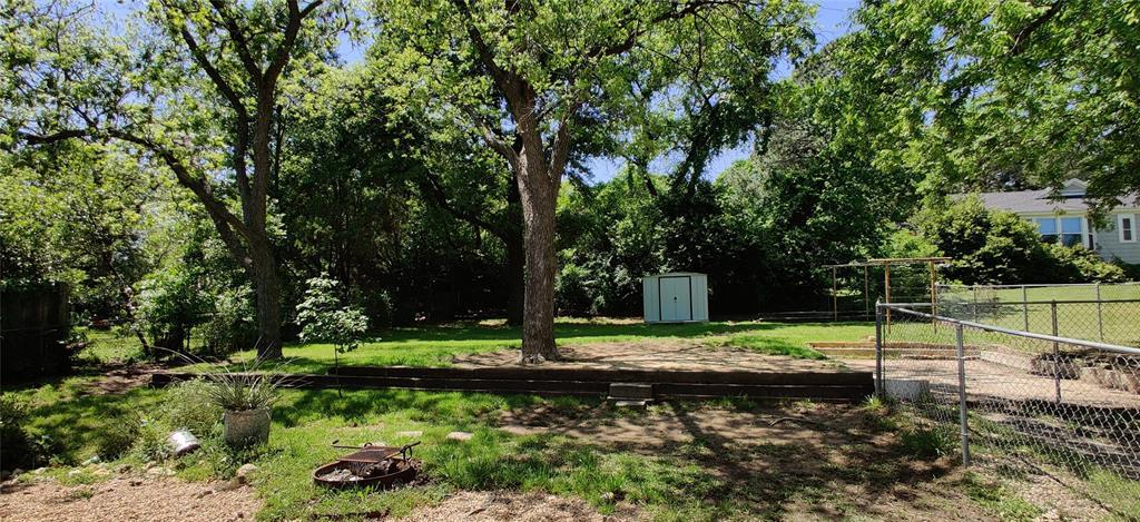 411 Bradley  Street, Denton, Texas 76201 - acquisto real estate best realtor dfw jody daley liberty high school realtor