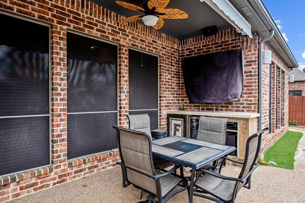 7709 Grace  Drive, North Richland Hills, Texas 76182 - acquisto real estate best realtor dfw jody daley liberty high school realtor