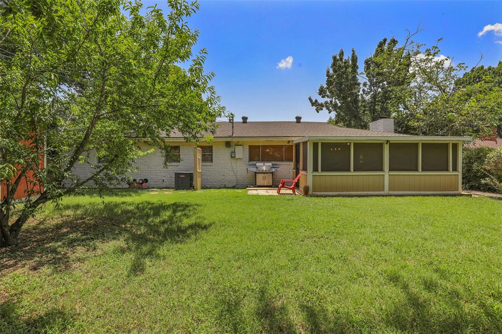 204 Revere  Drive, Fort Worth, Texas 76134 - acquisto real estate best real estate idx dilusso marketing mike acquisto