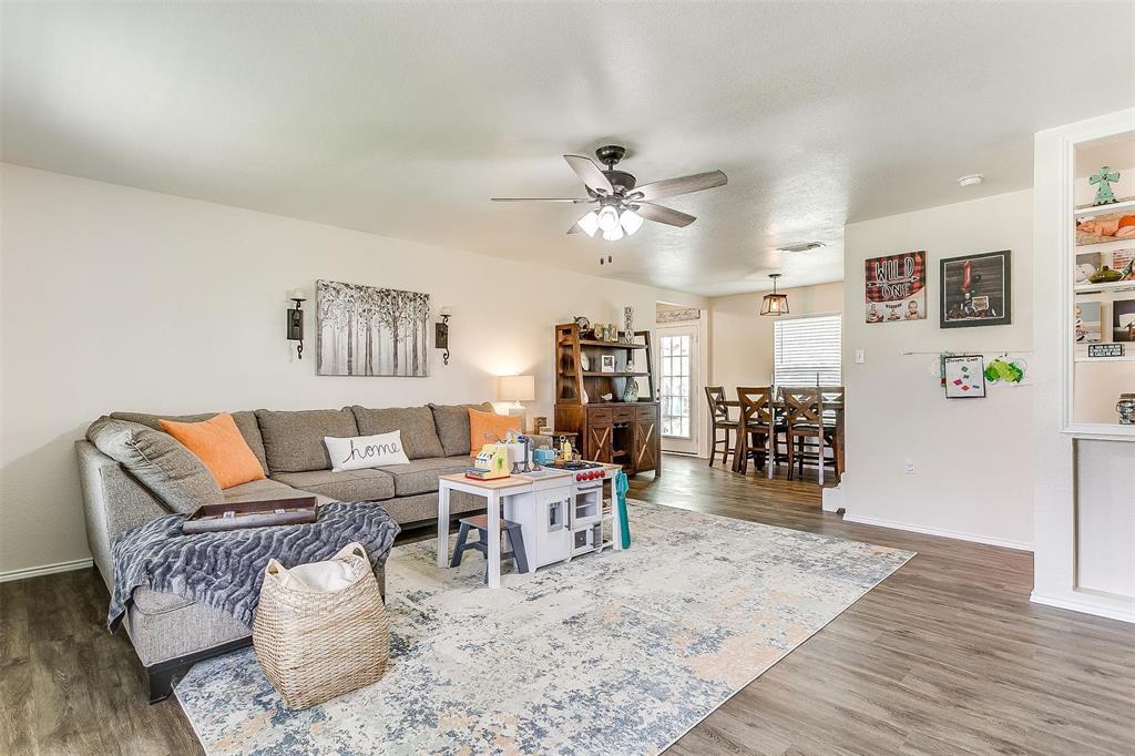 324 Howard  Road, Weatherford, Texas 76088 - acquisto real estate best celina realtor logan lawrence best dressed realtor
