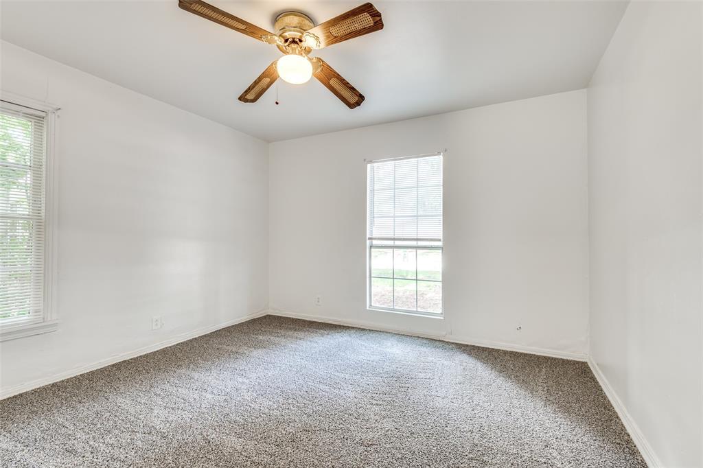 1405 West  Street, Arlington, Texas 76010 - acquisto real estate best realtor dallas texas linda miller agent for cultural buyers