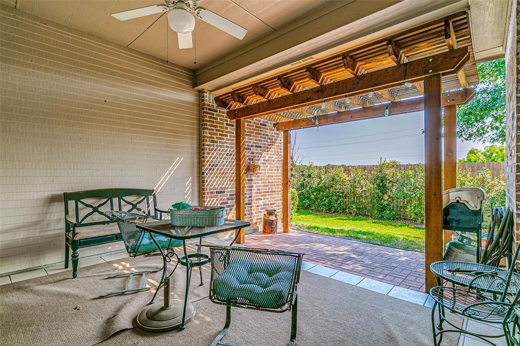7308 Spring Oak  Drive, North Richland Hills, Texas 76182 - acquisto real estate best real estate follow up system katy mcgillen