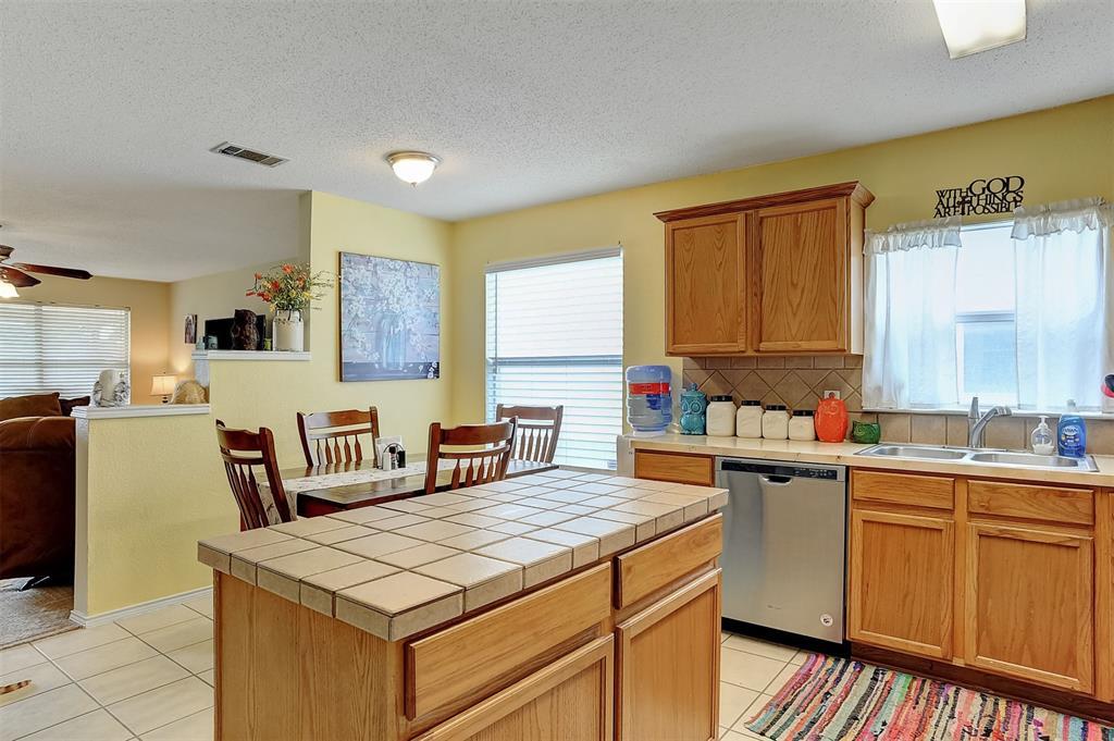 1113 Mallard  Drive, Sherman, Texas 75092 - acquisto real estate best highland park realtor amy gasperini fast real estate service