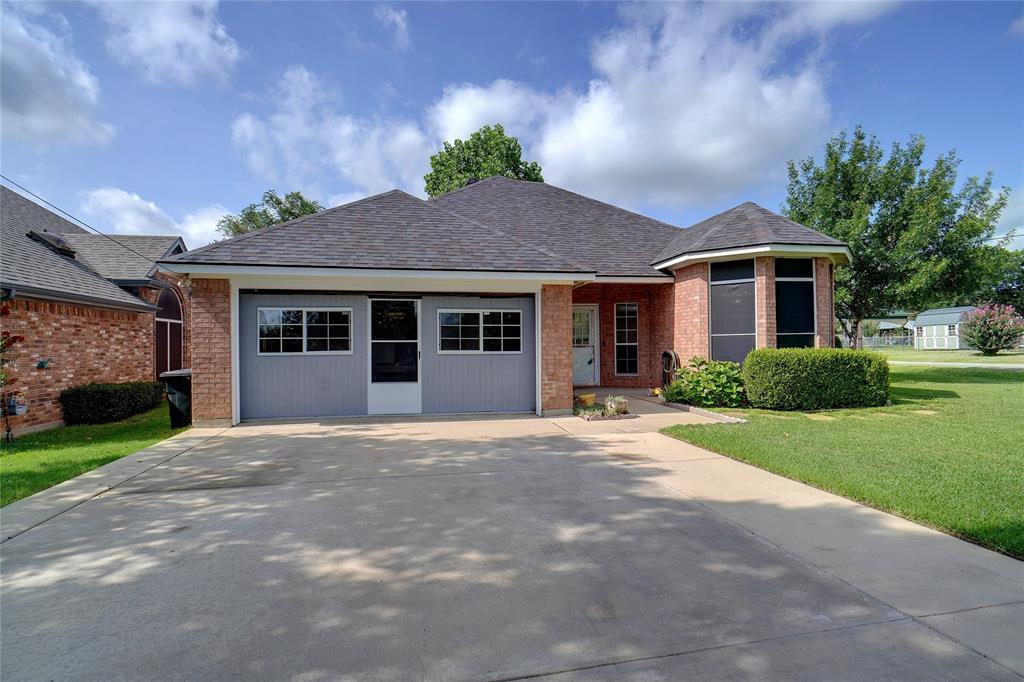 319 6th  Street, Justin, Texas 76247 - acquisto real estate best allen realtor kim miller hunters creek expert