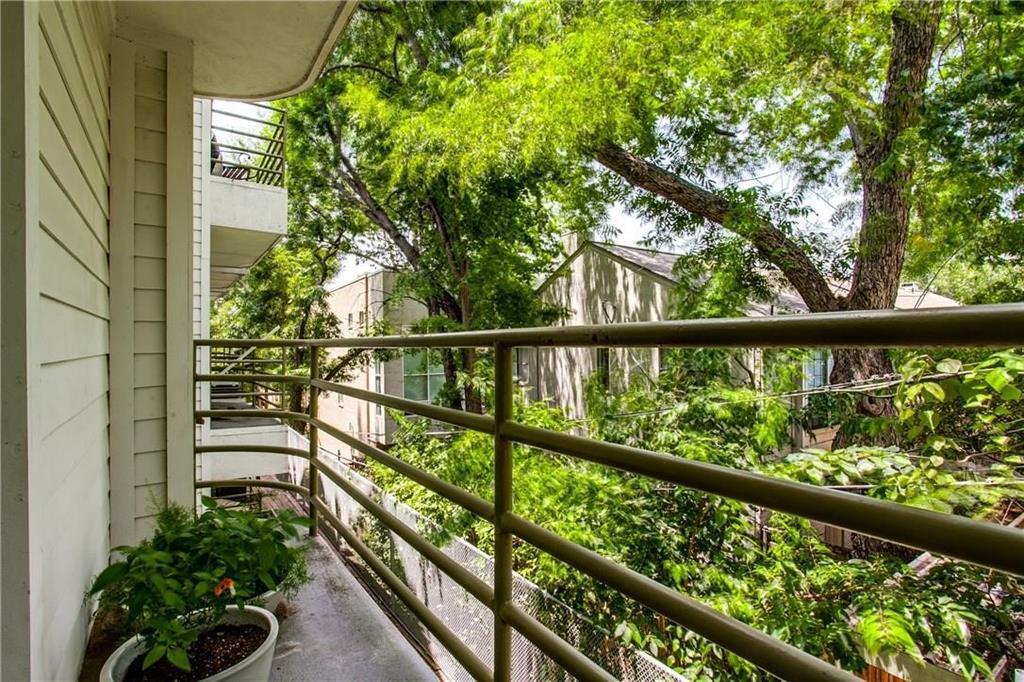 4111 Cole  Avenue, Dallas, Texas 75204 - acquisto real estate best real estate company in frisco texas real estate showings