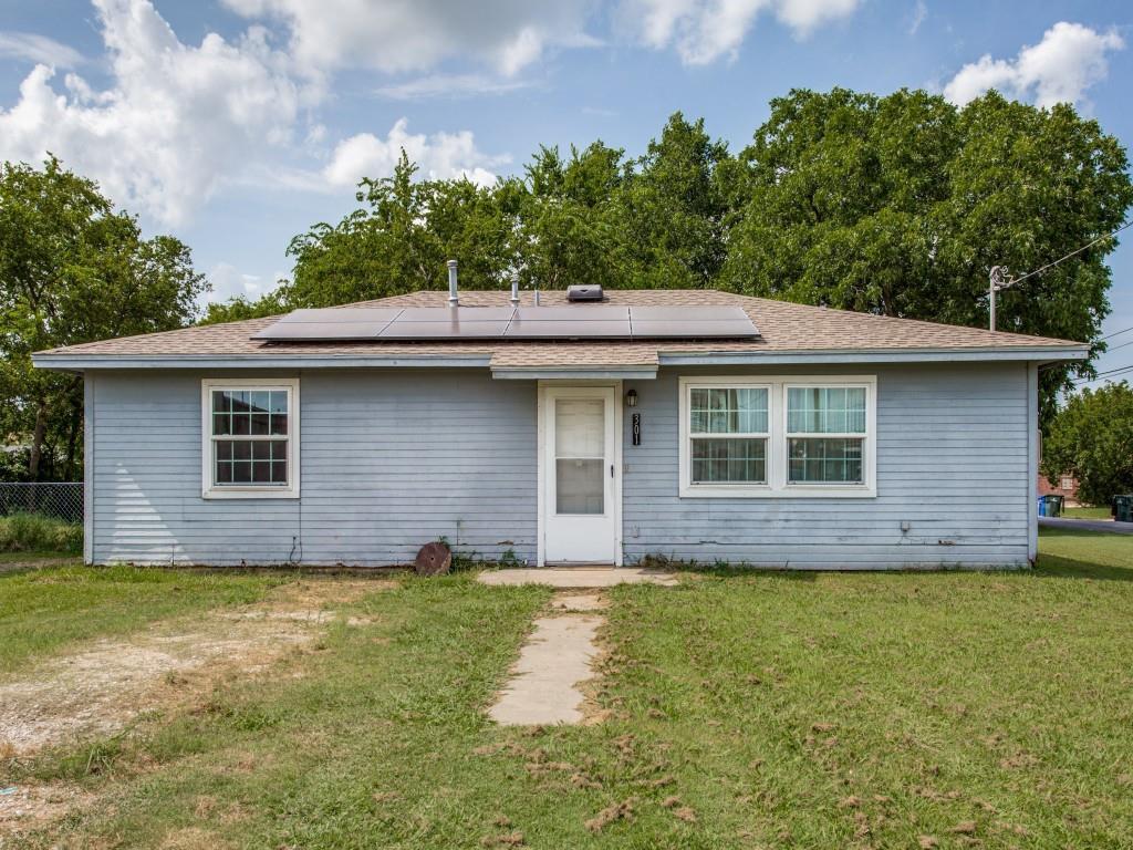 301 Elm  Street, Sanger, Texas 76266 - Acquisto Real Estate best frisco realtor Amy Gasperini 1031 exchange expert