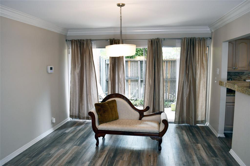 570 Avenue J  B, Grand Prairie, Texas 75050 - Acquisto Real Estate best frisco realtor Amy Gasperini 1031 exchange expert