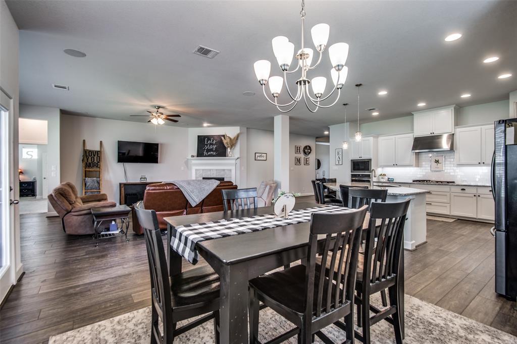 600 Sunflower  Avenue, Argyle, Texas 76226 - acquisto real estate best new home sales realtor linda miller executor real estate