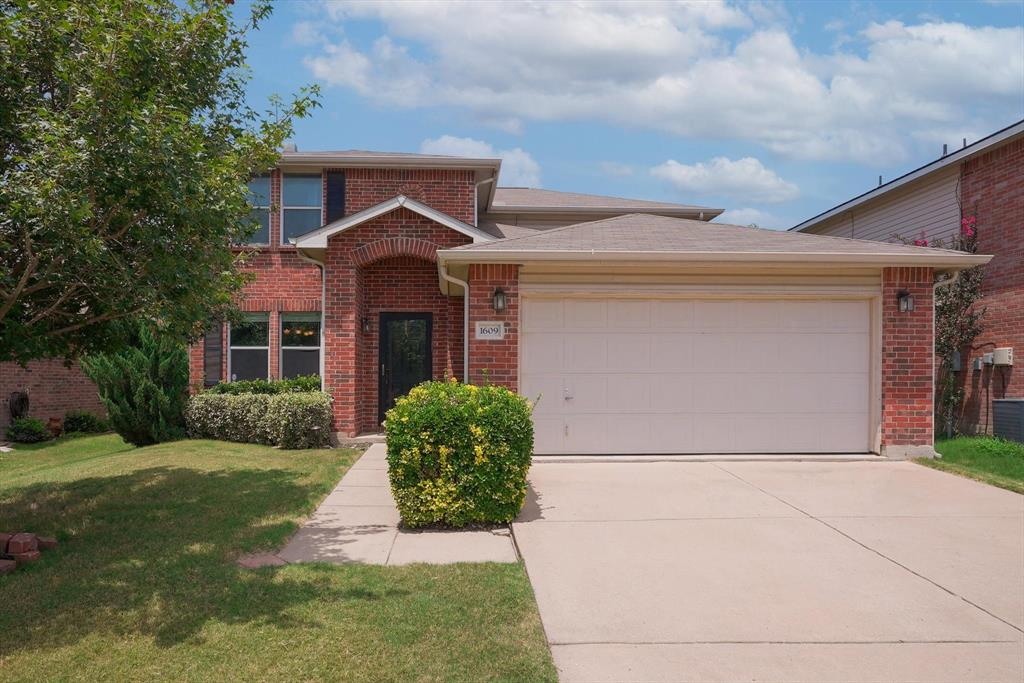 1609 Carolina Ridge  Way, Fort Worth, Texas 76247 - Acquisto Real Estate best frisco realtor Amy Gasperini 1031 exchange expert