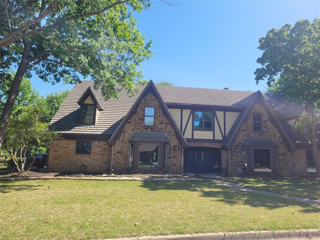 214 Fresh Meadow  Drive, Trophy Club, Texas 76262 - Acquisto Real Estate best frisco realtor Amy Gasperini 1031 exchange expert