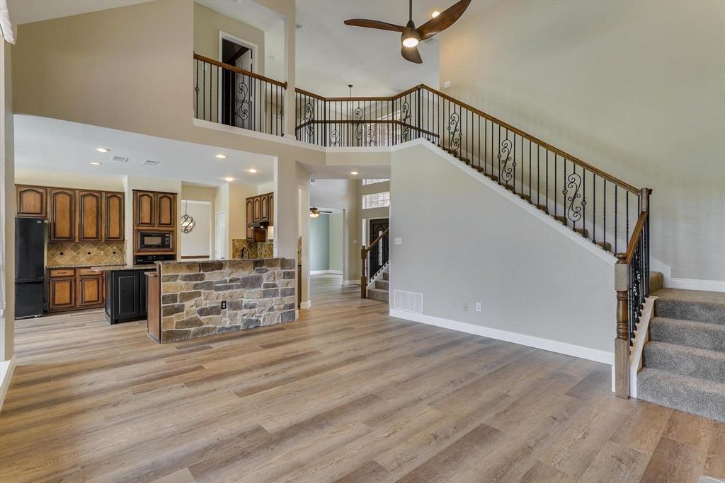 2124 Gisbourne  Drive, Flower Mound, Texas 75028 - acquisto real estate best highland park realtor amy gasperini fast real estate service