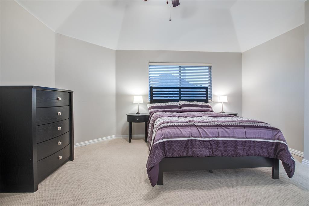 842 Mustang Ridge  Drive, Murphy, Texas 75094 - acquisto real estate best realtor foreclosure real estate mike shepeherd walnut grove realtor
