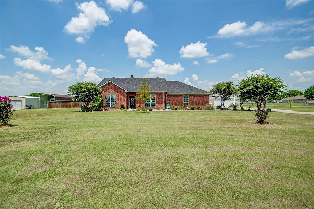 784 Meadowview  Circle, Van Alstyne, Texas 75495 - Acquisto Real Estate best frisco realtor Amy Gasperini 1031 exchange expert