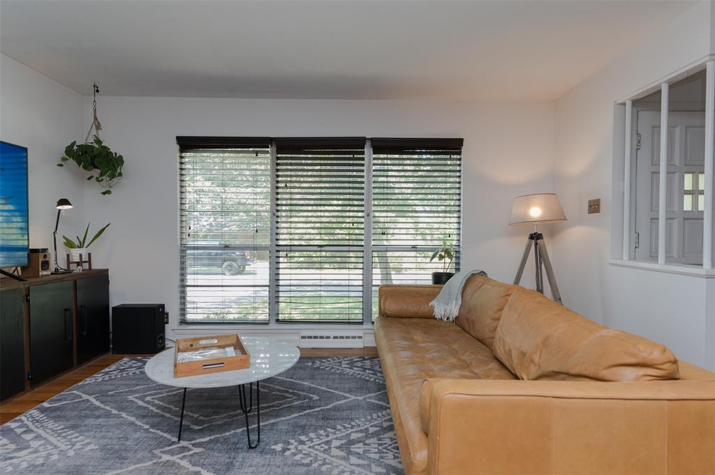 2503 Glenwood  Lane, Denton, Texas 76209 - acquisto real estate best prosper realtor susan cancemi windfarms realtor