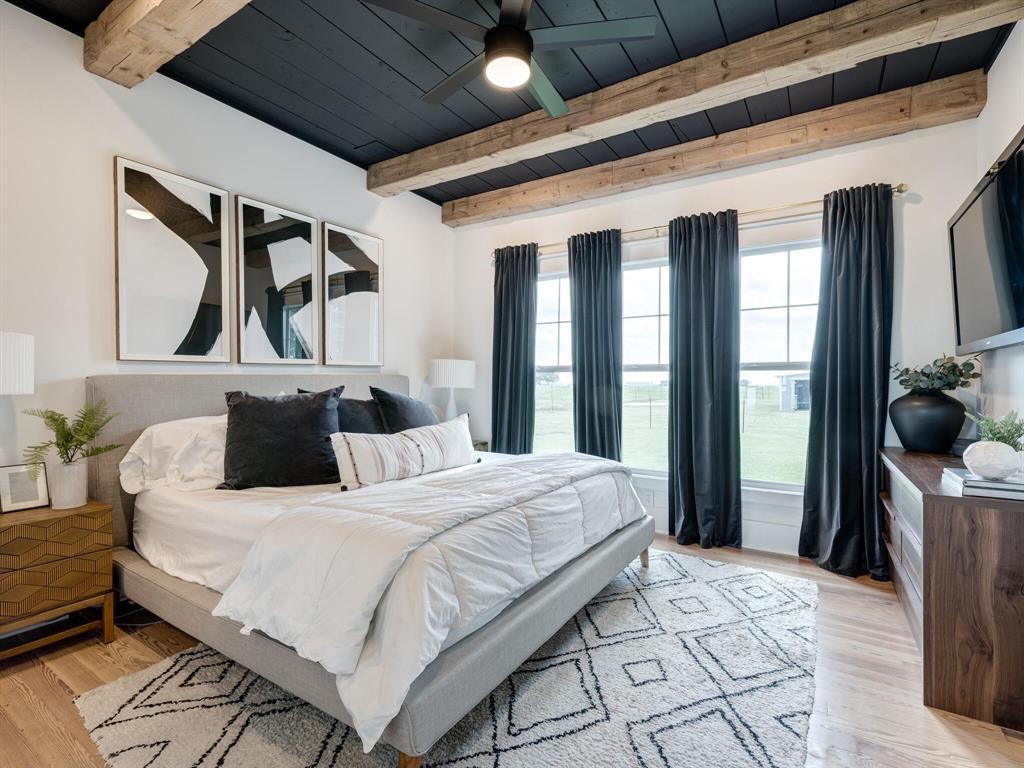 901 Debbie  Lane, Pilot Point, Texas 76258 - acquisto real estate best realtor dallas texas linda miller agent for cultural buyers