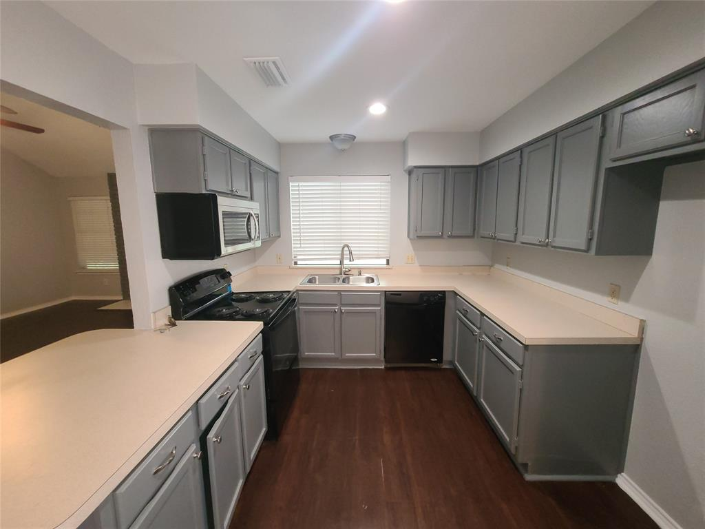 2442 Hallmark  Street, Grand Prairie, Texas 75052 - Acquisto Real Estate best plano realtor mike Shepherd home owners association expert