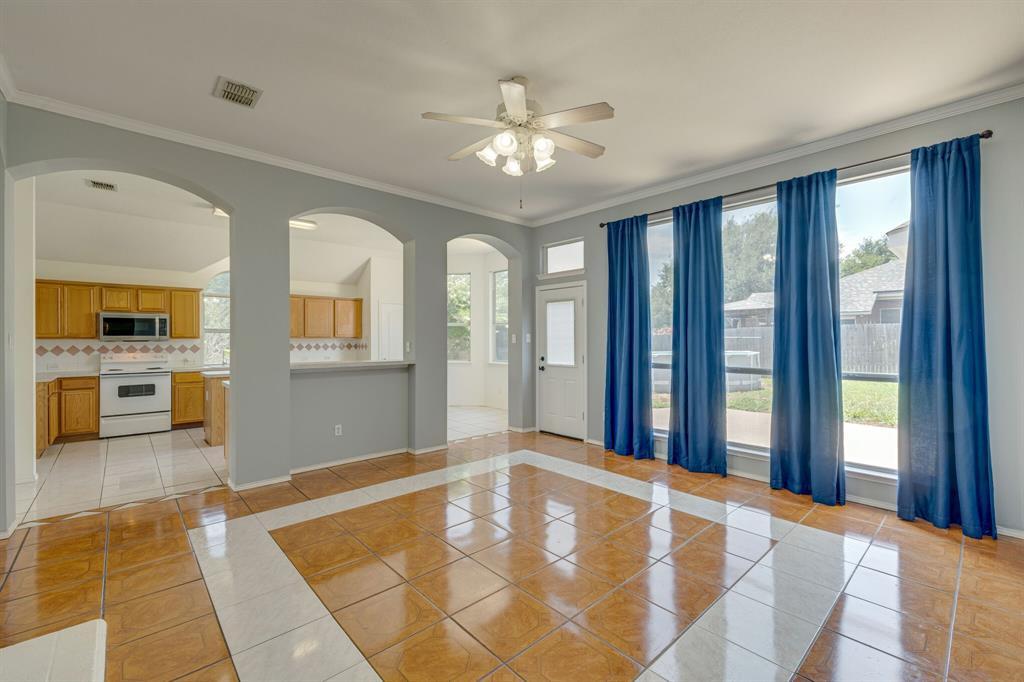 401 Watertown  Lane, Arlington, Texas 76002 - acquisto real estate best style realtor kim miller best real estate reviews dfw