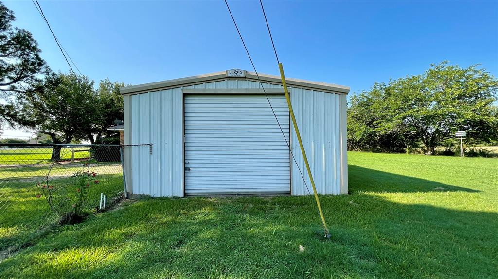 8447 State Highway 34  Oak Ridge, Texas 75161 - acquisto real estate best frisco real estate broker in texas for high net worth buyers