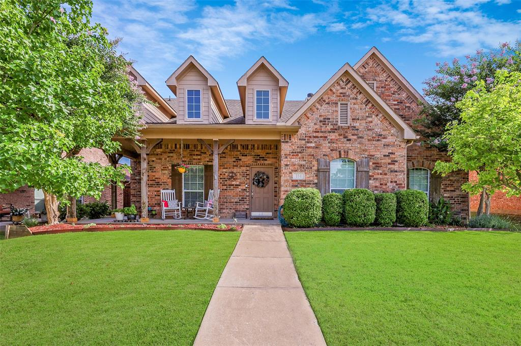 114 High Meadow  Road, Red Oak, Texas 75154 - Acquisto Real Estate best frisco realtor Amy Gasperini 1031 exchange expert