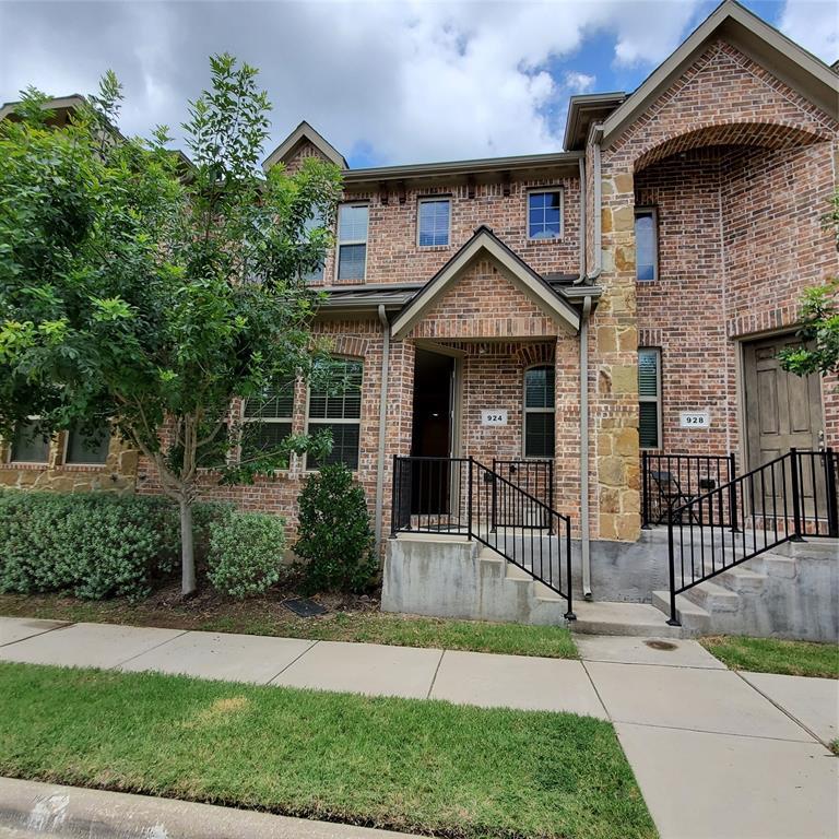 924 Grace  Lane, Lewisville, Texas 75056 - acquisto real estate best allen realtor kim miller hunters creek expert