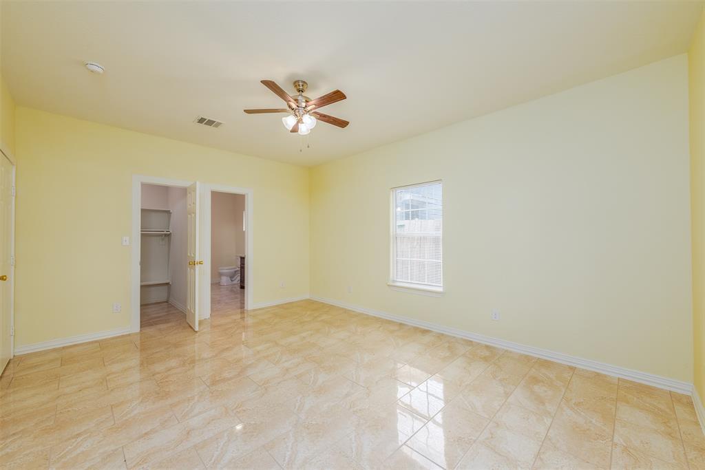 1745 Dillard  Street, Fort Worth, Texas 76105 - acquisto real estate best style realtor kim miller best real estate reviews dfw