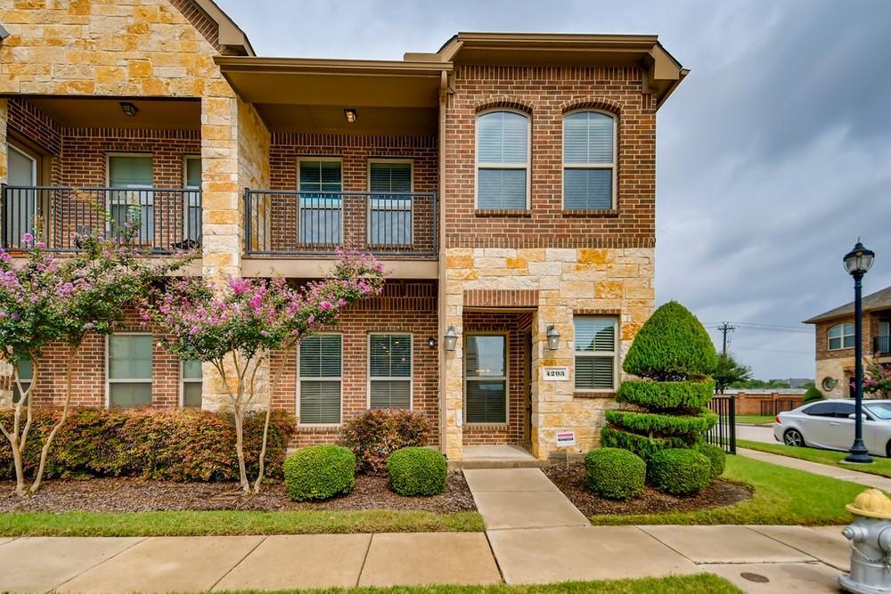 4293 Kiowa  Drive, Carrollton, Texas 75010 - Acquisto Real Estate best frisco realtor Amy Gasperini 1031 exchange expert