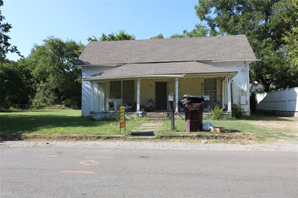 702 7th  Street, Bonham, Texas 75418 - Acquisto Real Estate best frisco realtor Amy Gasperini 1031 exchange expert