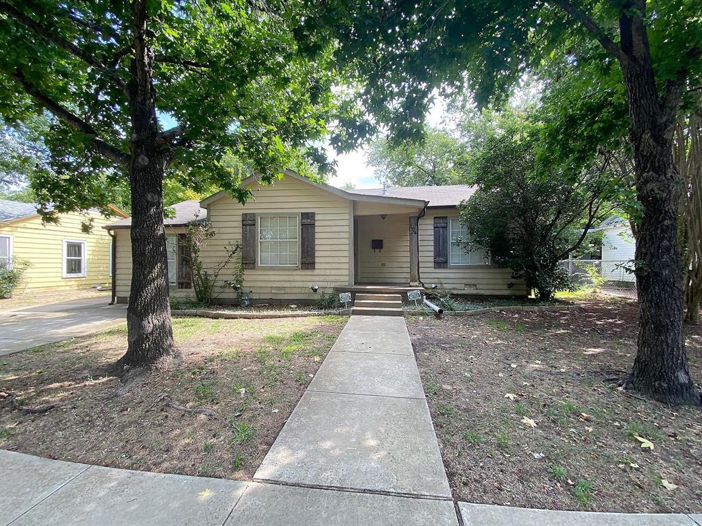 104 Wade  Street, Terrell, Texas 75160 - Acquisto Real Estate best frisco realtor Amy Gasperini 1031 exchange expert