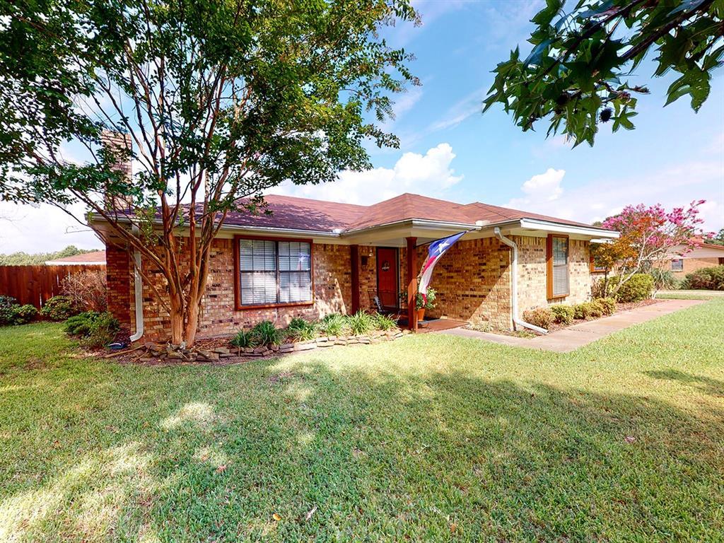 2011 Farm Road 196  Blossom, Texas 75416 - Acquisto Real Estate best frisco realtor Amy Gasperini 1031 exchange expert