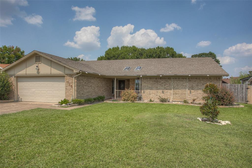 116 Overcrest  Drive, Benbrook, Texas 76126 - Acquisto Real Estate best frisco realtor Amy Gasperini 1031 exchange expert