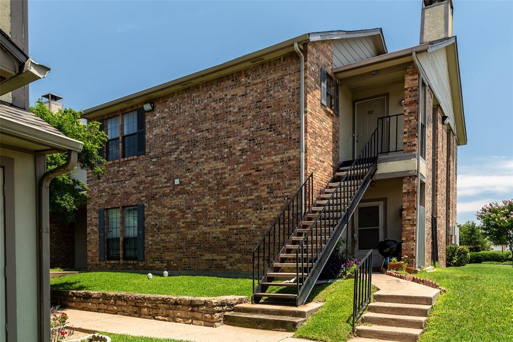 2835 Keller Springs  Road, Carrollton, Texas 75006 - Acquisto Real Estate best frisco realtor Amy Gasperini 1031 exchange expert