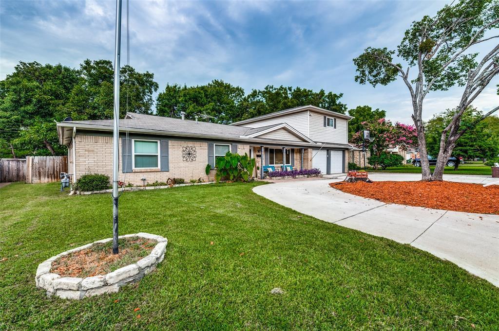 829 Livingston  Drive, Hurst, Texas 76053 - Acquisto Real Estate best frisco realtor Amy Gasperini 1031 exchange expert