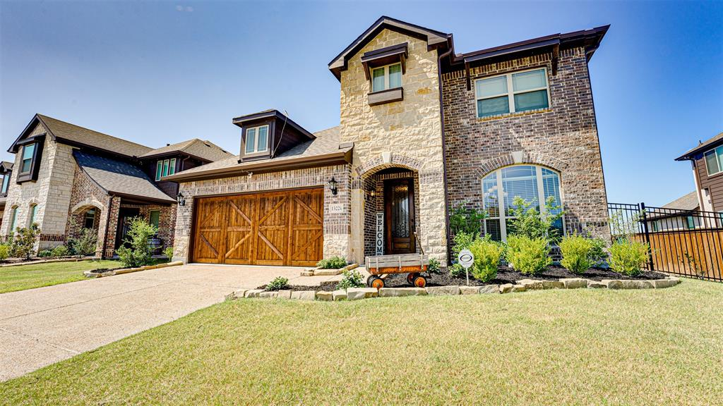 1322 Lantern Faith  Drive, St Paul, Texas 75098 - Acquisto Real Estate best frisco realtor Amy Gasperini 1031 exchange expert