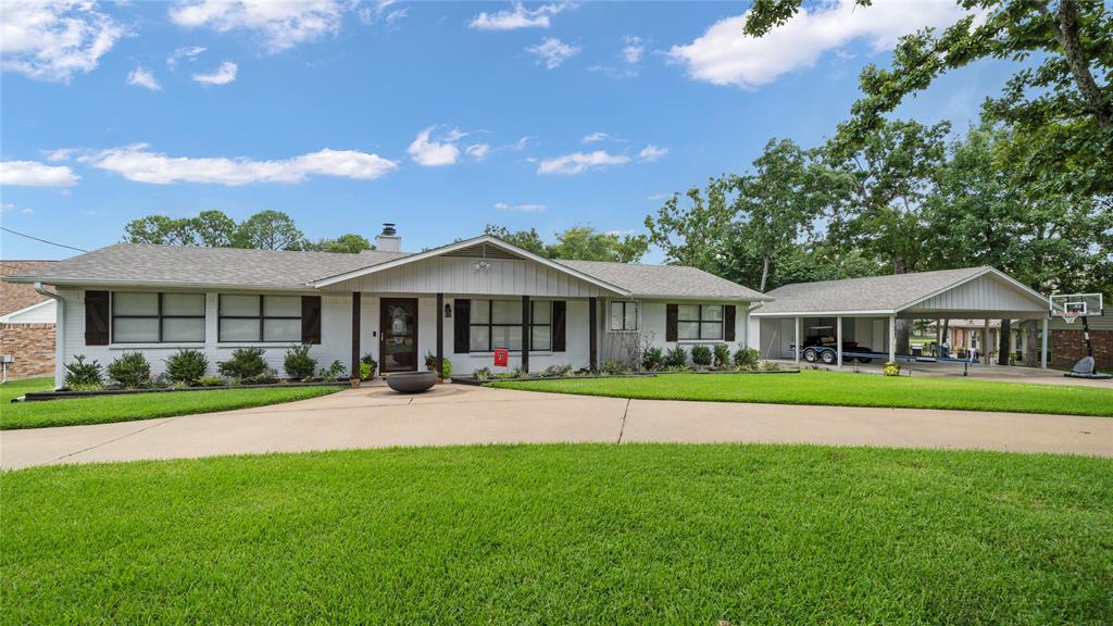 102 Shadywood  Place, Enchanted Oaks, Texas 75156 - Acquisto Real Estate best frisco realtor Amy Gasperini 1031 exchange expert