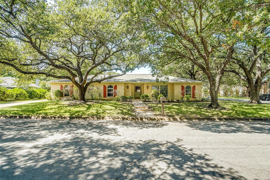 4100 Coral  Circle, Fort Worth, Texas 76126 - Acquisto Real Estate best frisco realtor Amy Gasperini 1031 exchange expert