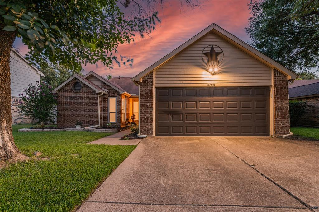 3728 Whitefern  Drive, Fort Worth, Texas 76137 - Acquisto Real Estate best frisco realtor Amy Gasperini 1031 exchange expert