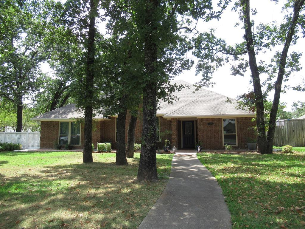 10808 Hunters Run  Street, Greenville, Texas 75402 - Acquisto Real Estate best frisco realtor Amy Gasperini 1031 exchange expert