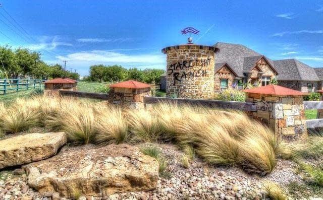 6300 Vega  Drive, Godley, Texas 76044 - Acquisto Real Estate best frisco realtor Amy Gasperini 1031 exchange expert