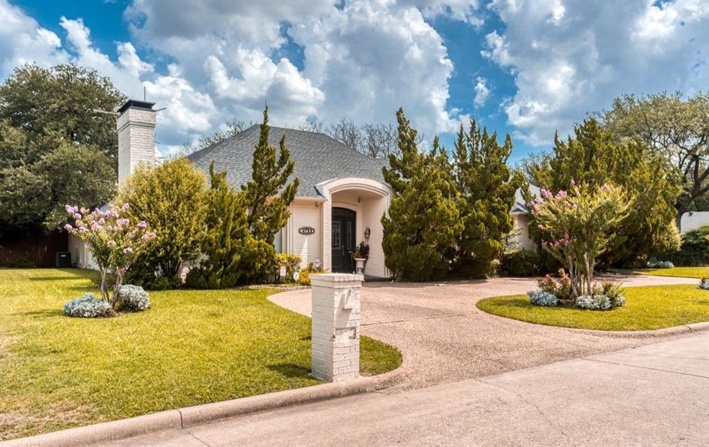 4711 Interlachen  Circle, Dallas, Texas 75287 - Acquisto Real Estate best frisco realtor Amy Gasperini 1031 exchange expert
