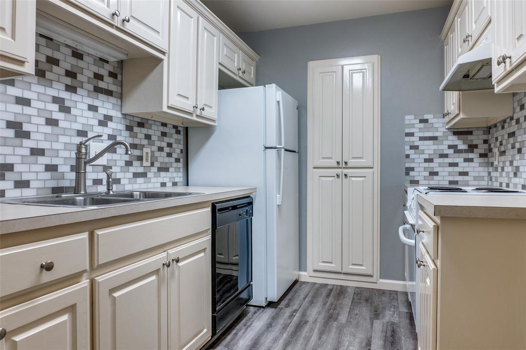 515 Lookout  Drive, Richardson, Texas 75080 - Acquisto Real Estate best frisco realtor Amy Gasperini 1031 exchange expert