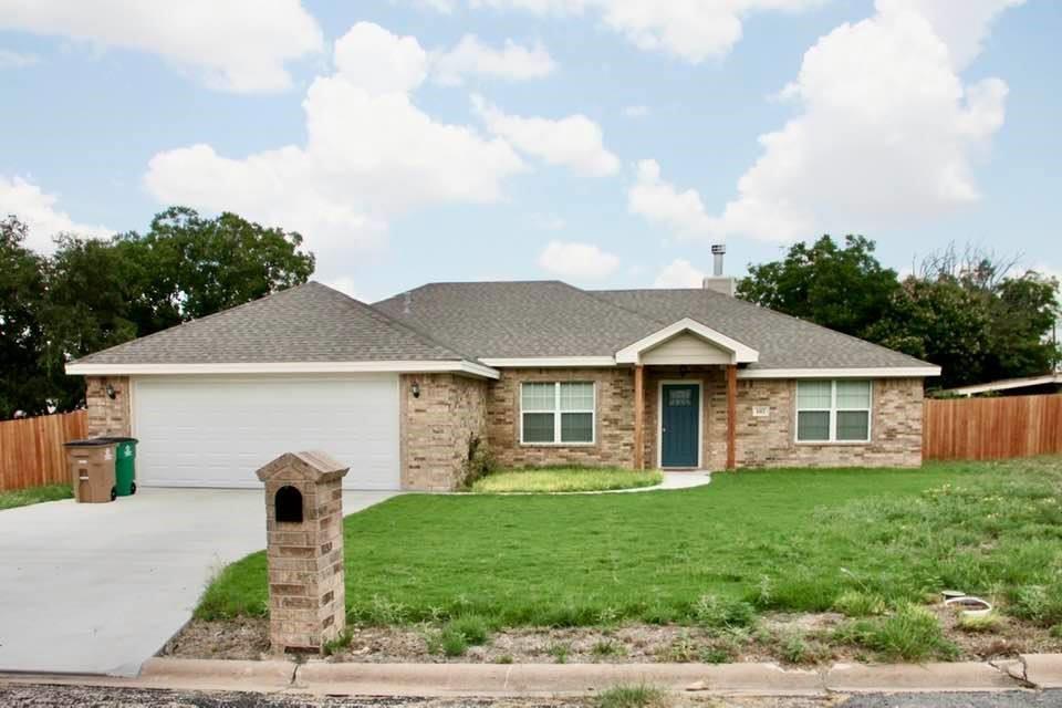 102 Camino Real  San Angelo, Texas 76904 - Acquisto Real Estate best frisco realtor Amy Gasperini 1031 exchange expert
